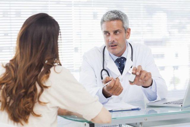 Почему пенится моча: физиологические и патологические причины
