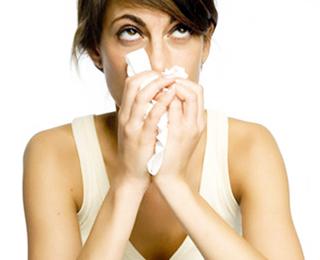 Респираторный аллергоз у детей и взрослых: симптомы и лечение