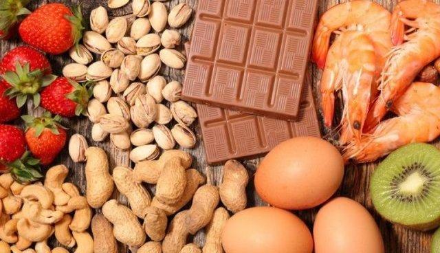 Что нельзя есть при аллергии взрослым и детям?
