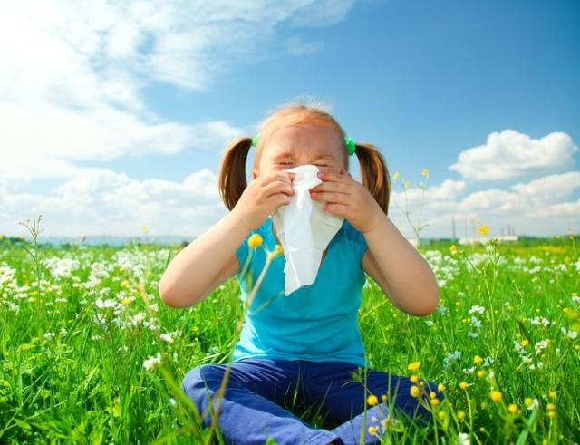 Причины возникновения аллергии у детей: виды и основные симптомы