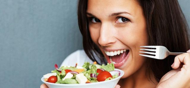 Давление после еды: повышается или поднимается?